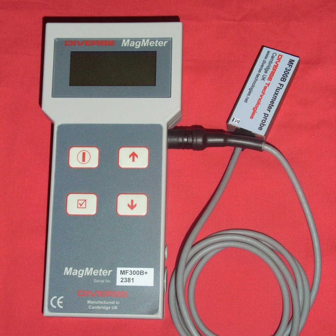 Meter measuring magnetic flux inside steel  Robust stainless steel probe